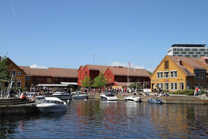 Fish market harbour, Kristiansand